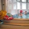 Як навчити дитину плавати