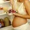 Як правильно харчуватися в період вагітності
