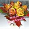 Як зробити букет троянд з осіннього листя?