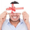 Як вибрати подарунок для колег на 23 лютого