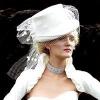 Як вибрати весільний капелюшок?
