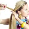 Як заплести собі самій косу