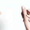 Чому німіє права рука